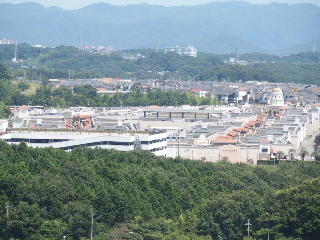 <写真・神戸フルーツフラワーパークの観覧車>